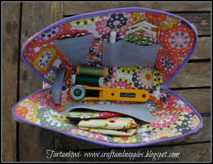 Totally Travel Sewing Case Tutorial