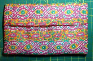 Super Quick and Easy Cosmetic Bag