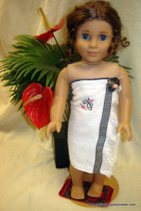 Girlie Spa Wrap for Dolls
