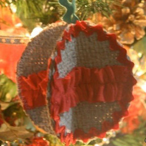 Burlap Scrap Christmas Ornaments