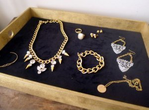 Trendy Jewelry Tray