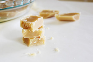 3-Ingredient Old Fashioned Peanut Butter Fudge
