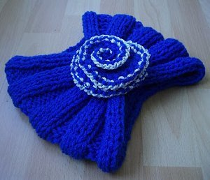 Royal Rosette Cowl