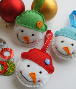Simple Snowman DIY Ornament