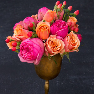 Inexpensive Bright and Bold Summer Wedding Flowers