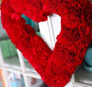 Steal My Heart DIY Wreath