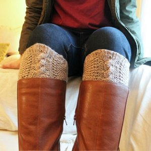 Seed Stitch & Cabled Boot Cuffs