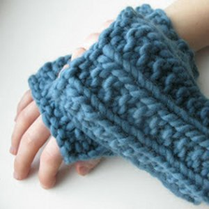 One Hour Fingerless Mitts