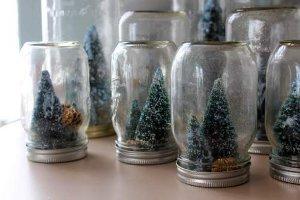 Chic Mason Jar Snow Globes