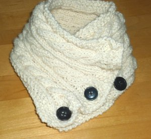 Free Knitted Cowl Patterns Cables : One Ball Cabled Cowl AllFreeKnitting.com
