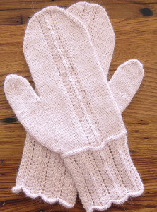 Pretty in Pink Lace Mittens