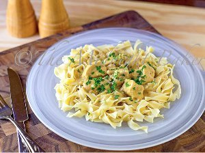Slow Cooker Chicken Stroganoff For Four