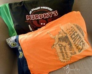 Diy T Shirt Reconstruction Pillowcases Allfreesewing Com