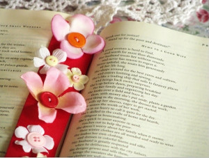 Buttons and Flowers Bookmark