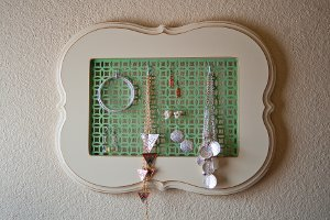 Chic DIY Jewelry Holder