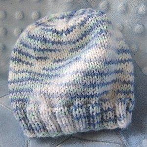 Knitting Pattern For Beanie 8 Ply : Breezy Baby Beanie AllFreeKnitting.com