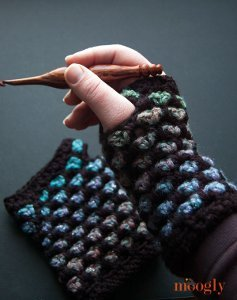 Color Changing Fingerless Gloves