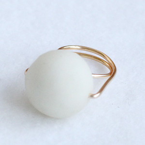 DIY Giant Pearl Ring