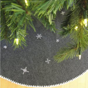 Snowflake DIY Tree Skirt