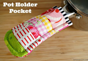 Scraptacular Pot Holder Pocket