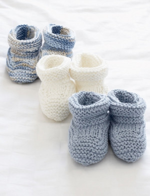 4 styles to knit Lovely baby bootees knitting pattern in 3 ply