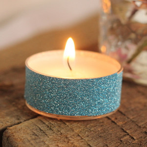 30-Second Glitter Tea Lights