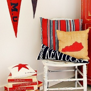 30 Patterns for Easy Homemade Pillows
