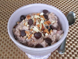 Overnight Slow Cooker Ice Cream Oatmeal
