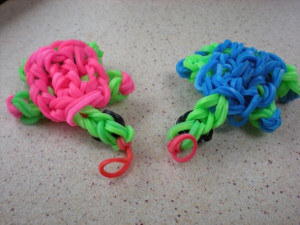 Adorable Turtle Rainbow Loom Charm