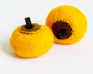 Petite Pumpkin Halloween Craft
