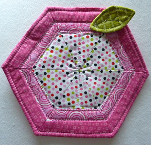 Adorable Apple Hot Pad