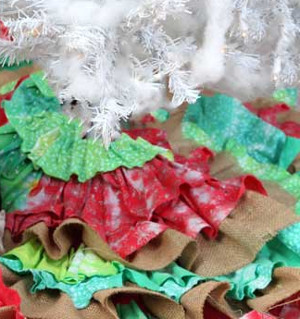 Frilly Fun Burlap Tree Skirt