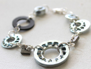 Hearty Hardware DIY Bracelet