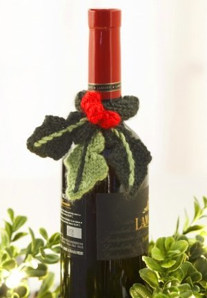 Holly Wine Topper Knitting Pattern