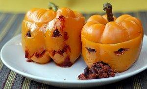 Super-Scary Chili Stuffed Jack-O-Peppers