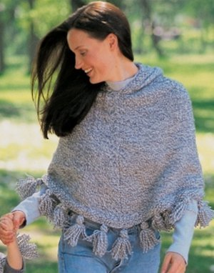 Knitting Pattern For Mens Poncho : Favorite Fall Poncho AllFreeKnitting.com