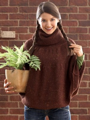 46023c403f7356 Get this pattern · Charming Chestnut Poncho