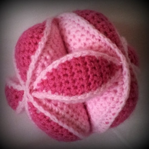 Crochet Amish Puzzle Ball Pattern