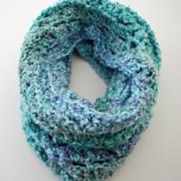 Make a Crochet Cowl: 10 Crochet Cowl Patterns