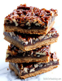 No-Fuss Pecan Pie Bars
