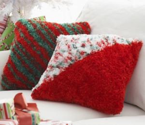 Knitting Pattern Envelope Cushion : Love Letter Envelope Pillows AllFreeKnitting.com