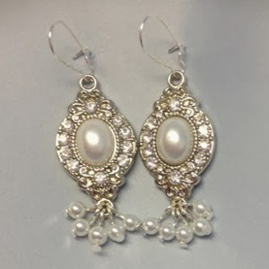 10 Minute Pearl and Crystal Earrings