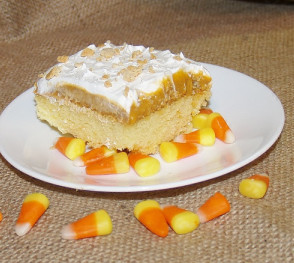Pumpkin Spice Poke Cake With Vanilla Pudding