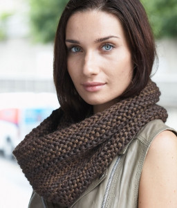 Cozy Coffee Shop Cowl