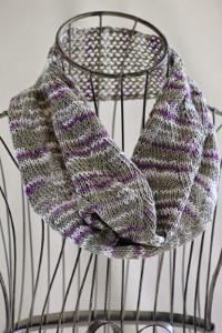 Zigzag Ribbon Stitch Cowl AllFreeKnitting.com