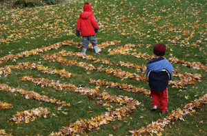 How to Make a Leaf Maze