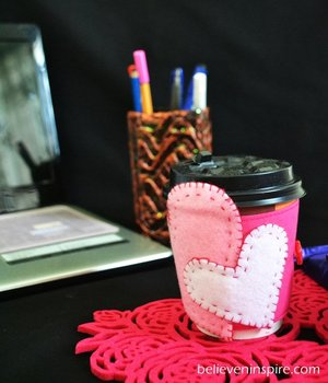 Warm Hearts Coffee Cozy Pattern