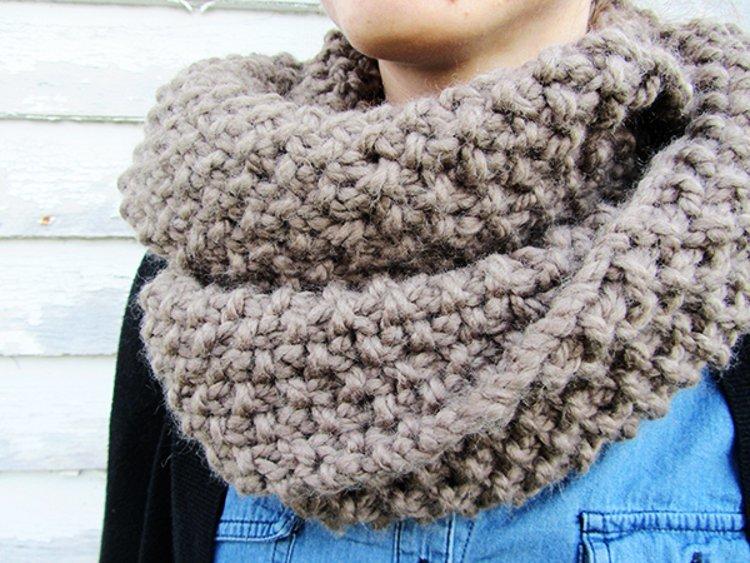 homespun circle scarf allfreeknittingcom