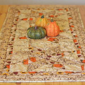 DIY Quilted Fall Table Runner