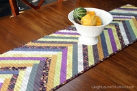 Gorgeous Table Runner Patterns: 17 DIY Table Runner Tutorials